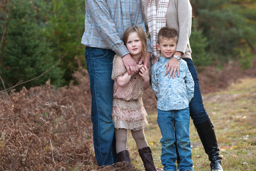 Natural and relaxed fall family portraits
