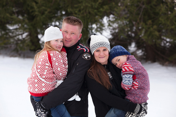 Winter Family Portraits at Blue Mountain, Ontario