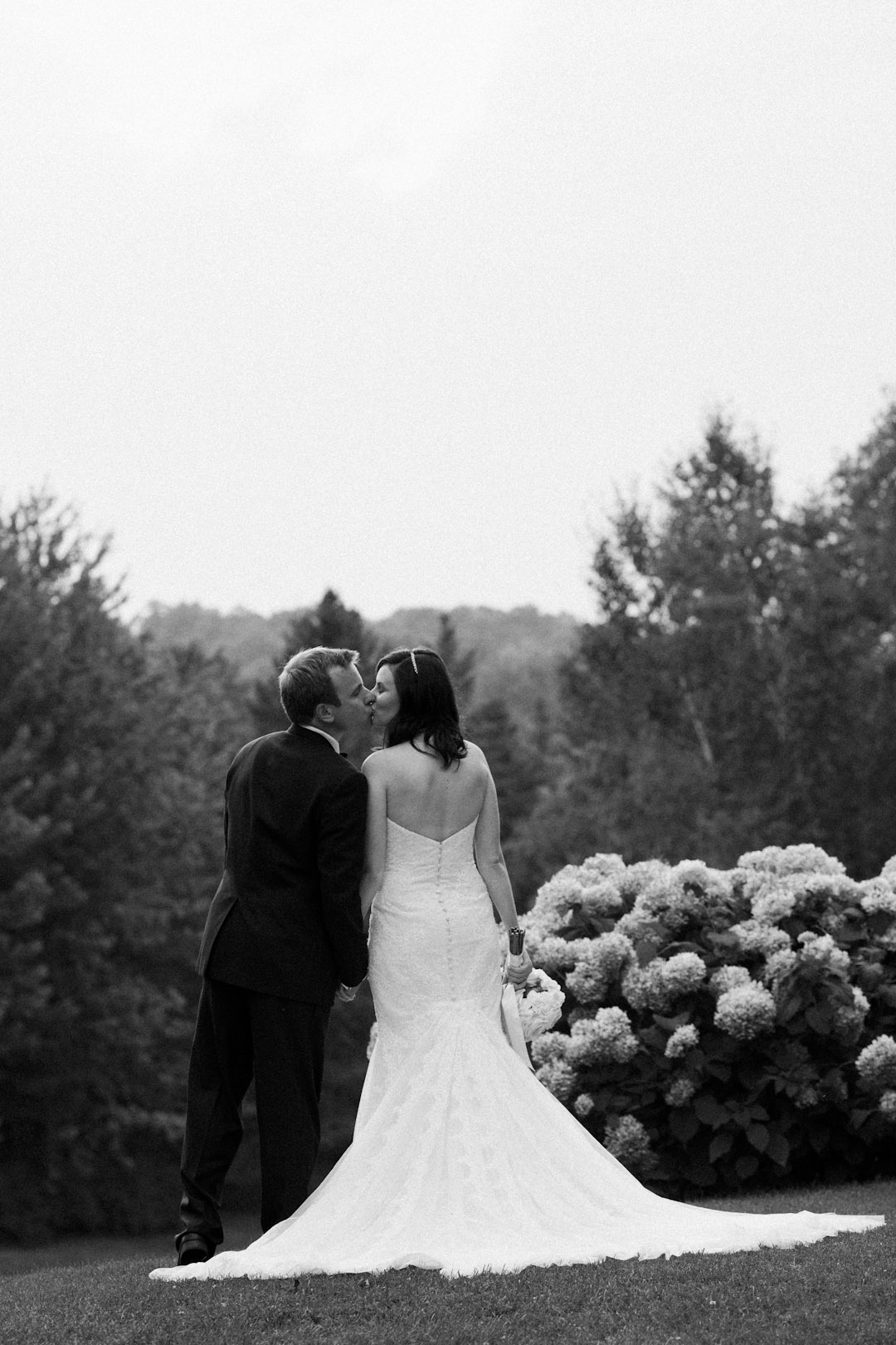 Horseshoe Valley Wedding | Jennifer Klementti